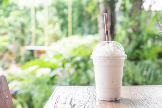 Nutty spread Vanilla Shake