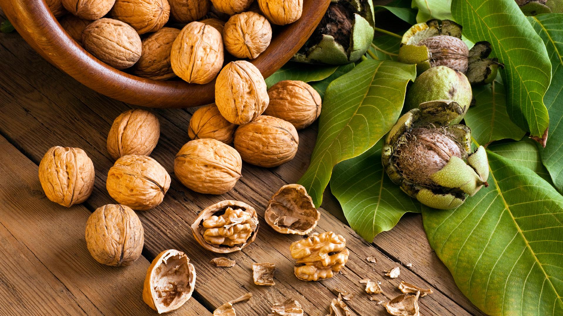 Walnut protein rich foods veg