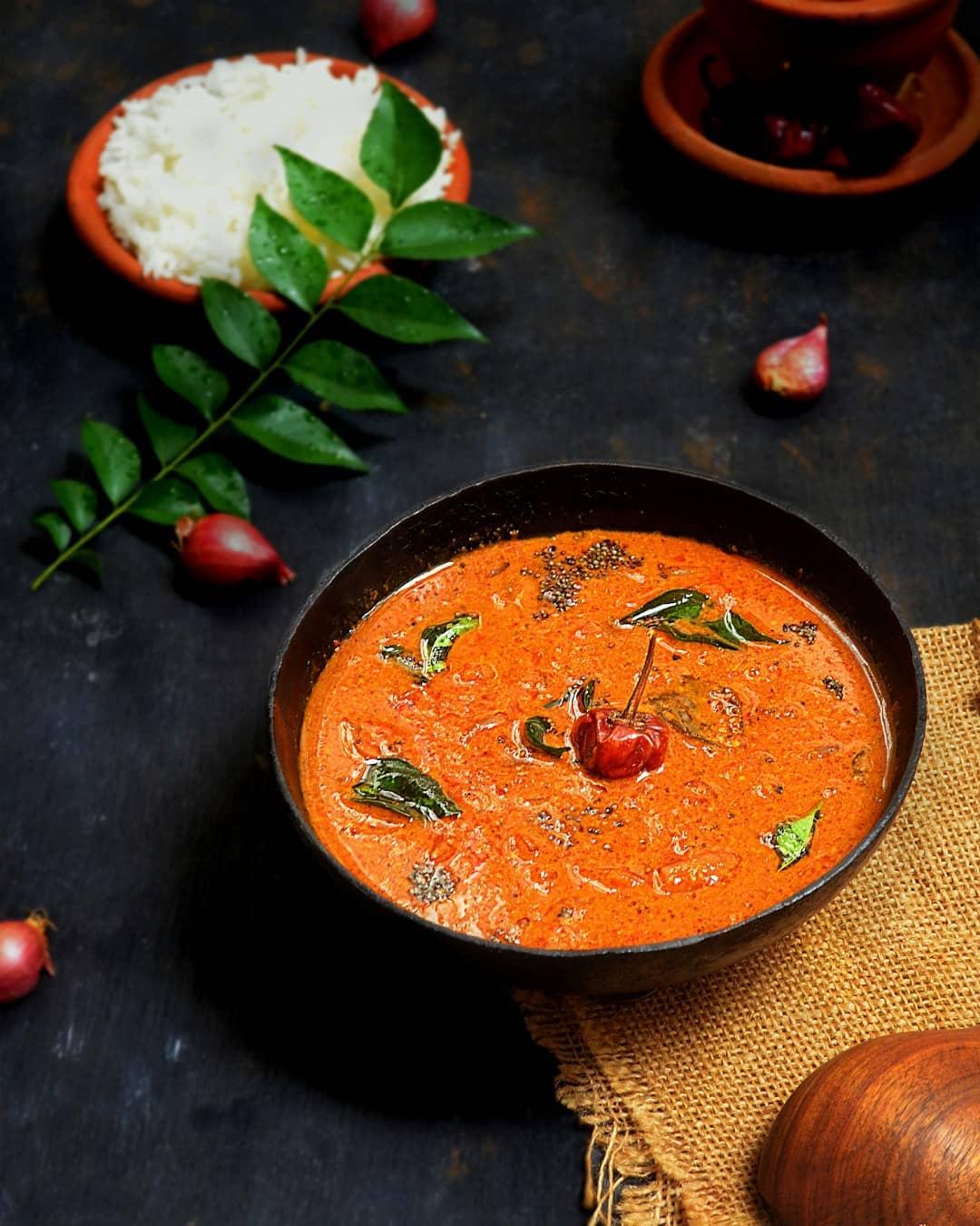 Ulli Theeyal (Onion Theeyal) Recipe