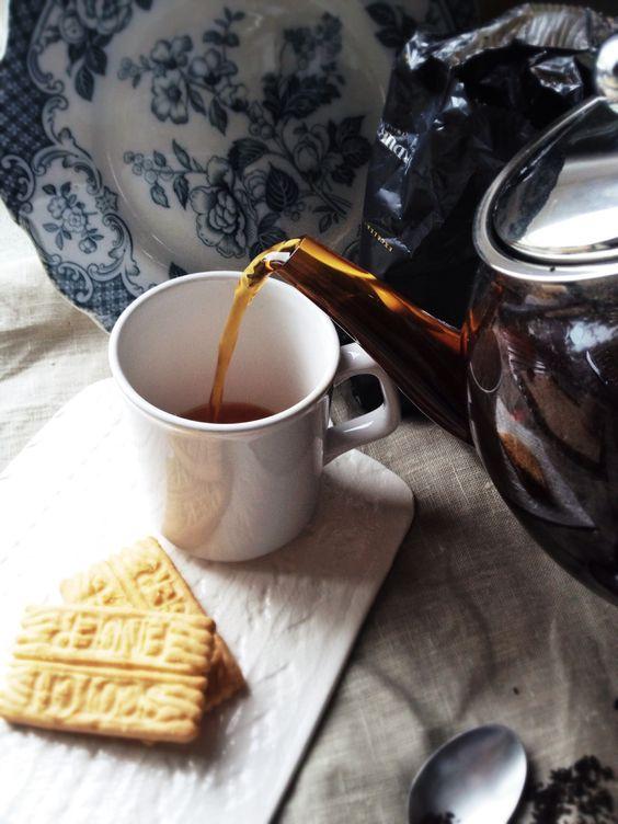green tea with one multigrain biscuit